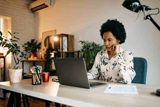 Supporting women of color in the workplace: addressing issues of intersectionality